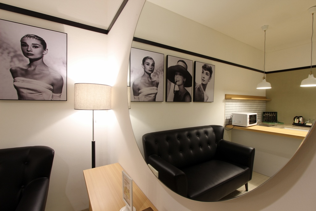 Living Room Family Suite Interior