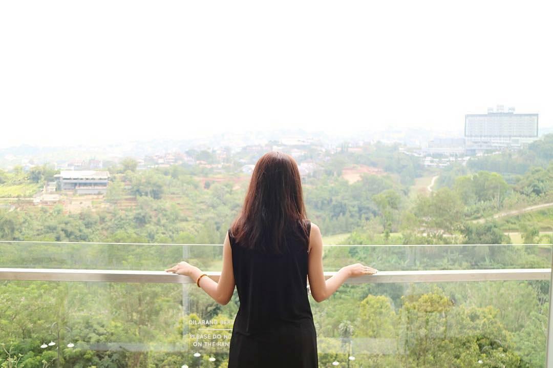 Hotel View Pantai Bandung untuk Keluarga