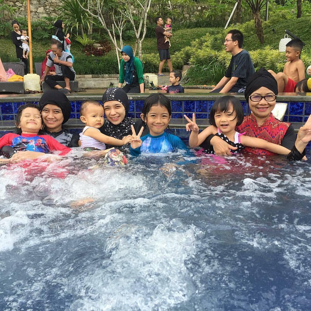 Hotel di Bandung yang Ada Kolam Renang untuk Anak